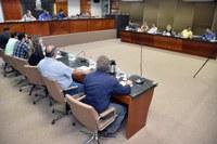 """A 26ª Reunião Ordinária da Câmara é marcada por apoio ao Grupo da Terceira Idade """"Esperança e Vida"""""""